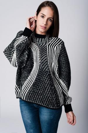 Suéter oversize con rayas negro